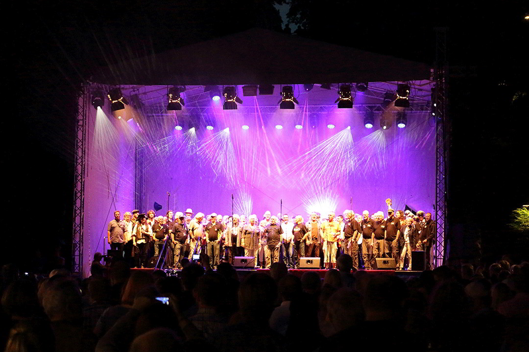 Shanty-Battle zum Abschluss des Festival Maritim in Vegesack